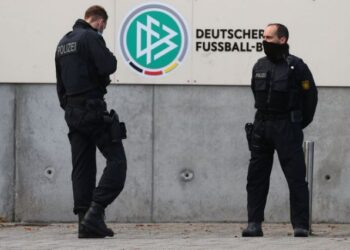 Police secures the area in front of the DFB headquarters as German prosecutors and tax authorities search offices of the German Football Association (DFB) as well as homes of current and former DFB officials on suspicion of tax evasion, in Frankfurt, Germany, October 7, 2020. REUTERS/Kai Pfaffenbach
