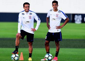 Jadson durante treino do Corinthians no CT Joaquim Grava ,em Sao Paulo, SP 06/07/2017 Foto: Sergio Barzaghi/Gazeta Press